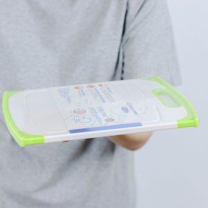 Super Lock เขียงพลาสติก คละสี ปราศจากสารก่อมะเร็ง (BPA Free) รุ่น 5165