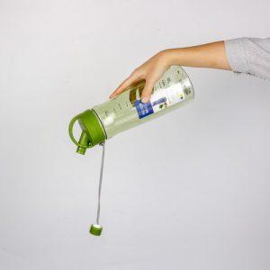 Super Lock กระบอกน้ำพลาสติก ความจุ 1600 มล. ปราศจากสารก่อมะเร็ง (BPA Free) สีเขียว รุ่น 5292