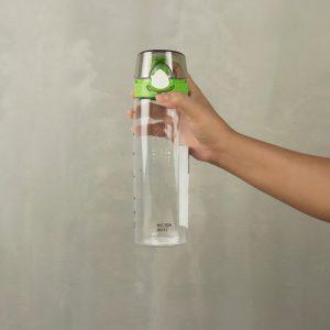 Super Lock กระบอกน้ำพลาสติก ความจุ 650 มล. ปราศจากสารก่อมะเร็ง (BPA Free) สีเขียว รุ่น 5298