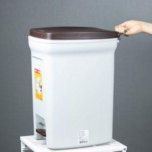 Micronware ถังขยะแบบเท้าเหยียบ Dust Bin ความจุ 18 ลิตร ปราศจากสารก่อมะเร็ง (BPA Free) รุ่น 5669